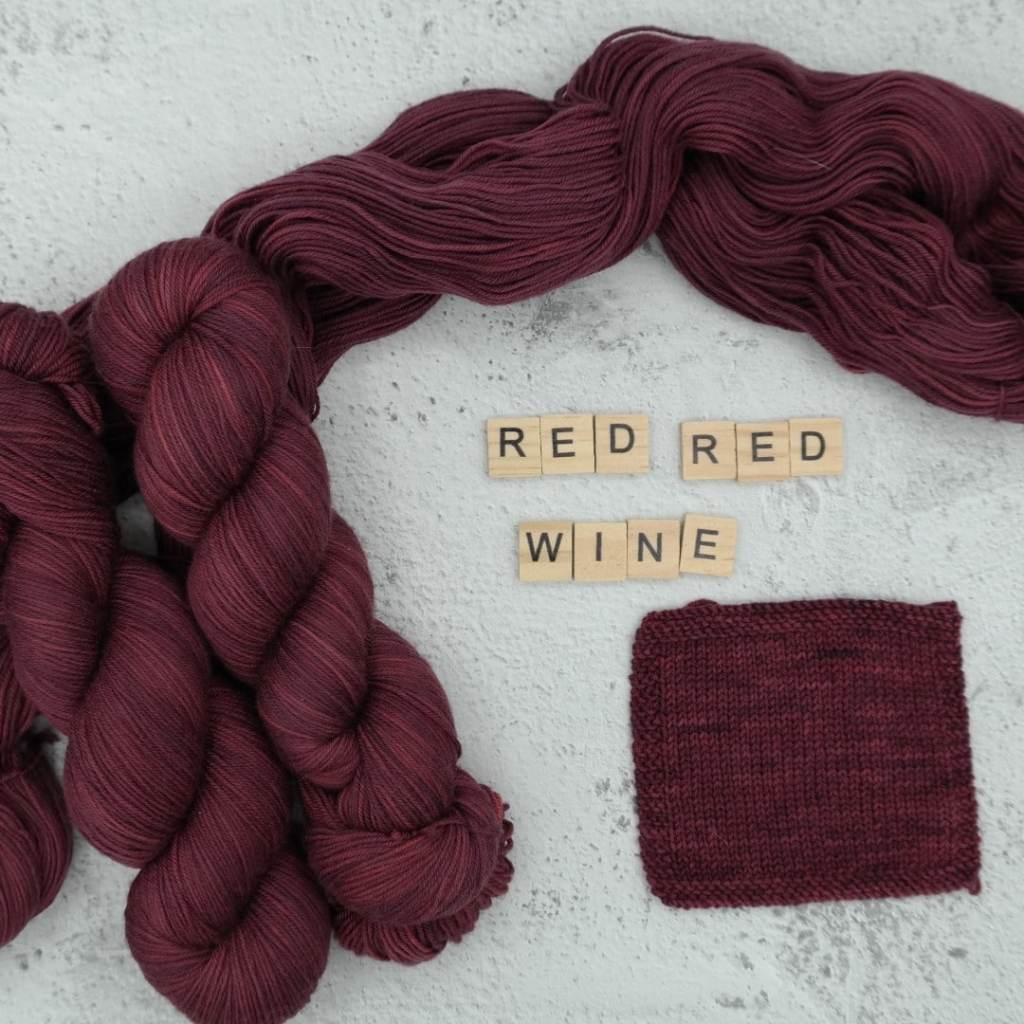 Red Red Wine - MÉRINOS SUPERWASH - Fingering