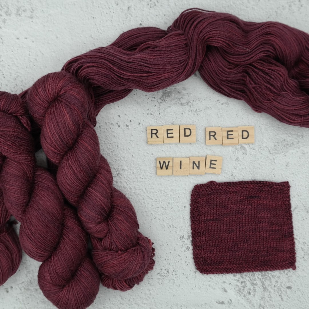 Red Red Wine - MÉRINOS SUPERWASH - Fingering