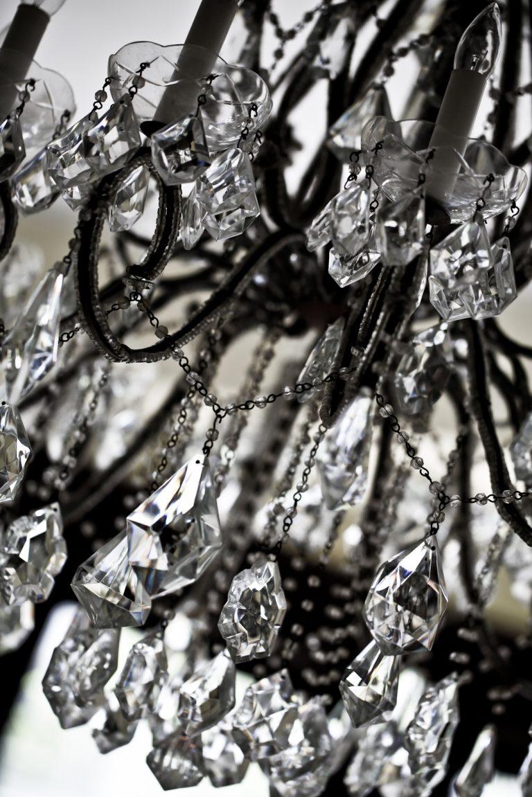Swinging Crystals