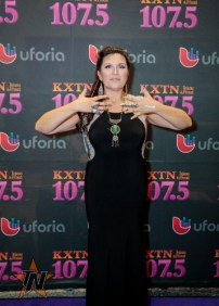 Noemi at 2015 Tejano Music Awards Purple Carpet (Photo by Ryan Bazan / Tejano Nation)
