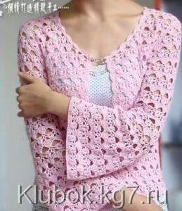 Blusa en ganchillo color rosa