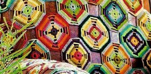 Manta con motivo crochet