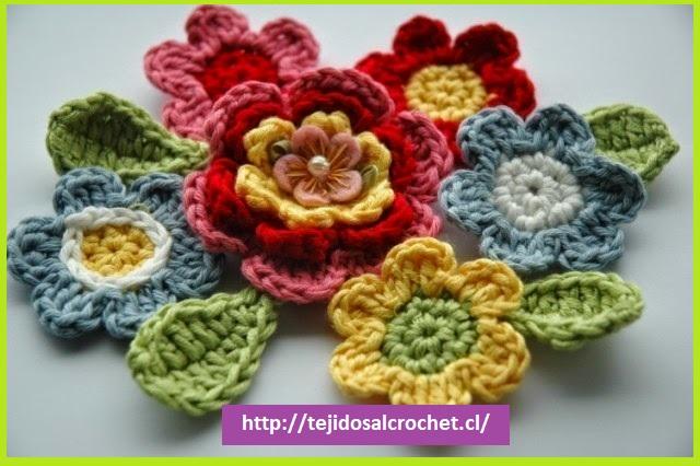 Como hacer flores tejidas1