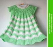 Patrones ropa de bebe. Vestido de niña en ganchillo cualquier época