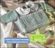 Tejidos para niños. Hermoso patrón de chalequito de niño para tejer en crochet