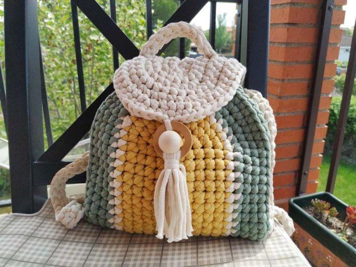 Patrón gratis mochila crochet