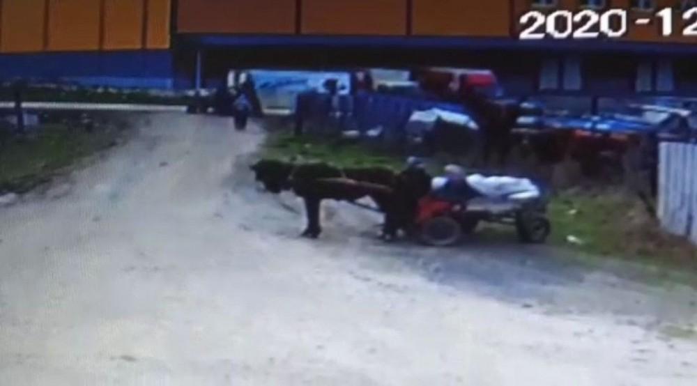 At arabasıyla 4 ton demir çaldığı iddia edilen şüpheliler yakalandı