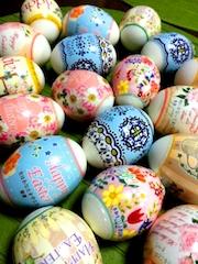 イースターエッグのカラフルな卵