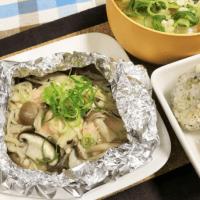 作りおき冷凍きのこミックスで鮭の簡単ホイル焼き