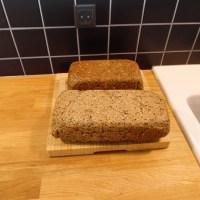Glutenfrit rugbrød - fra Naturlig glutenfri mad bagekurset
