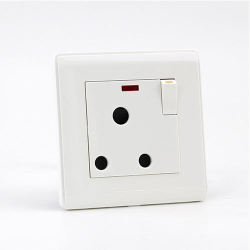 PRIME WHITE 15A 1 GANG Socket with neon (TS) 100