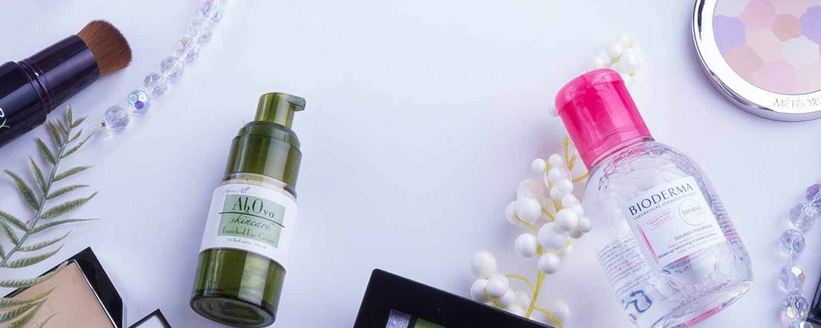 Top Review Blogs - Cosmetics Blogs