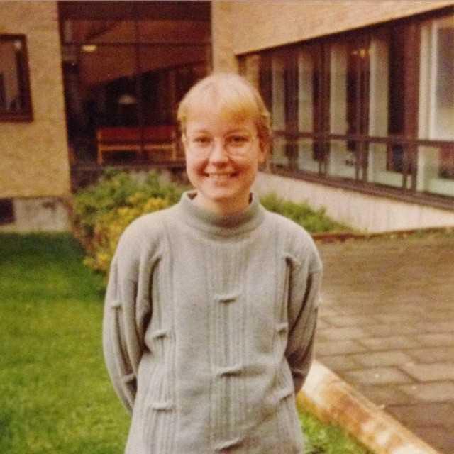 Så här gullig var vår programansvarig när hon började Teknisk fysik. Glad fredag! #tekniskfysik