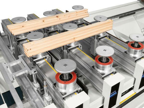 Автоматический рабочий стол MATIC обрабатывающего центра с ЧПУ ACCORD 42 FX, производство SCM Италия