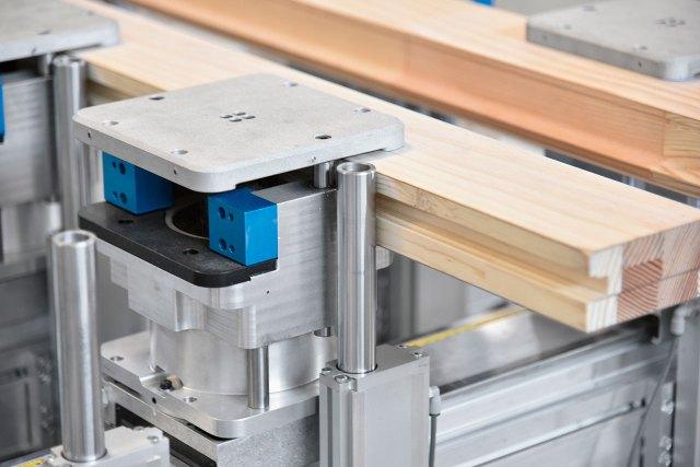 Зажим рабочего стола MATIC станка с ЧПУ ACCORD 40 FX, производство SCM Италия