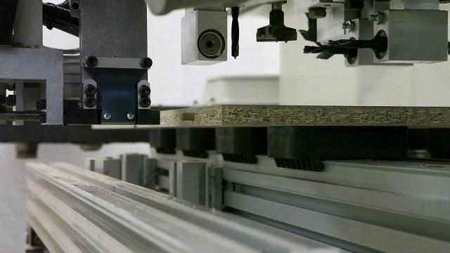 Устройство HI.LOCK для сверления и шкантозабивки за одну операцию Morbidelli M 100/200, производство SCM (Италия)