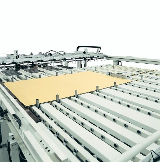 Выравнивающее устройство углового раскроечного центра Gabbiani A3, производство SCM Италия