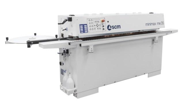 Вид спереди кромкооблицовочного станка Minimax ME 35 TR, производство SCM Италия