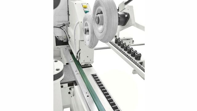 Кромкооблицовочный станок Stefani XD, производство SCM Италия, система автоматического ввода