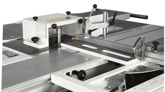 Защитный колпачок полки и шипа многооперационного станка Minimax C 30G, производство SCM Италия