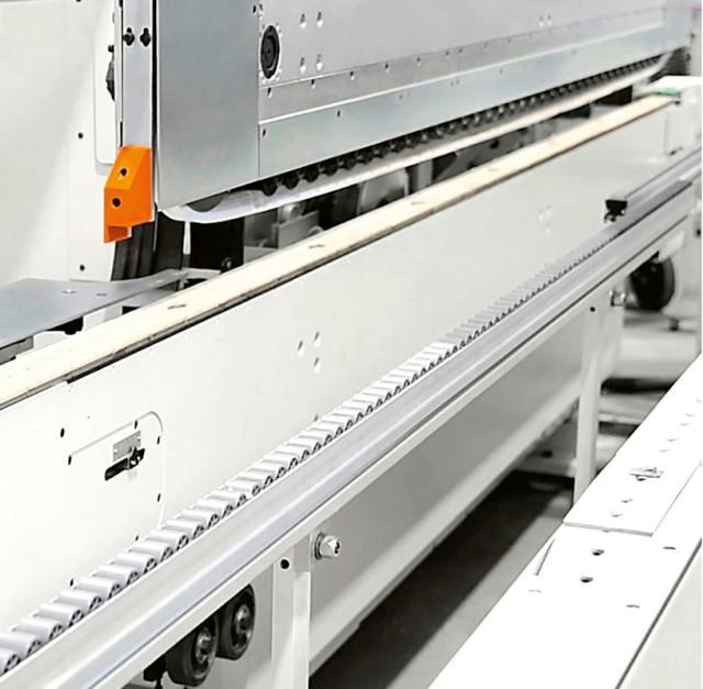 Роликовый центральный суппорт станка Celaschi P 40, производство SCM Италия
