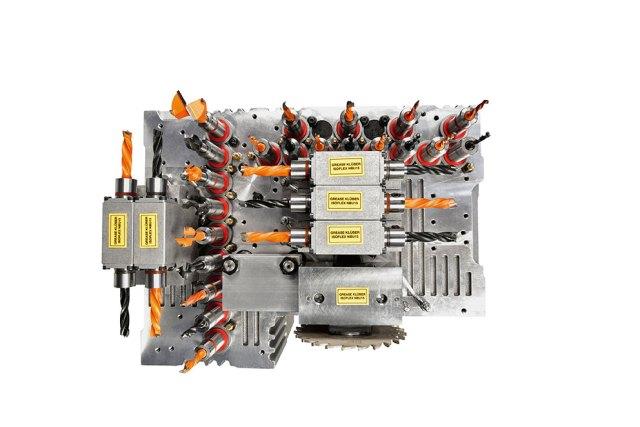Сверлильный узел обрабатывающего центра с ЧПУ Morbidelli M220 (Италия)