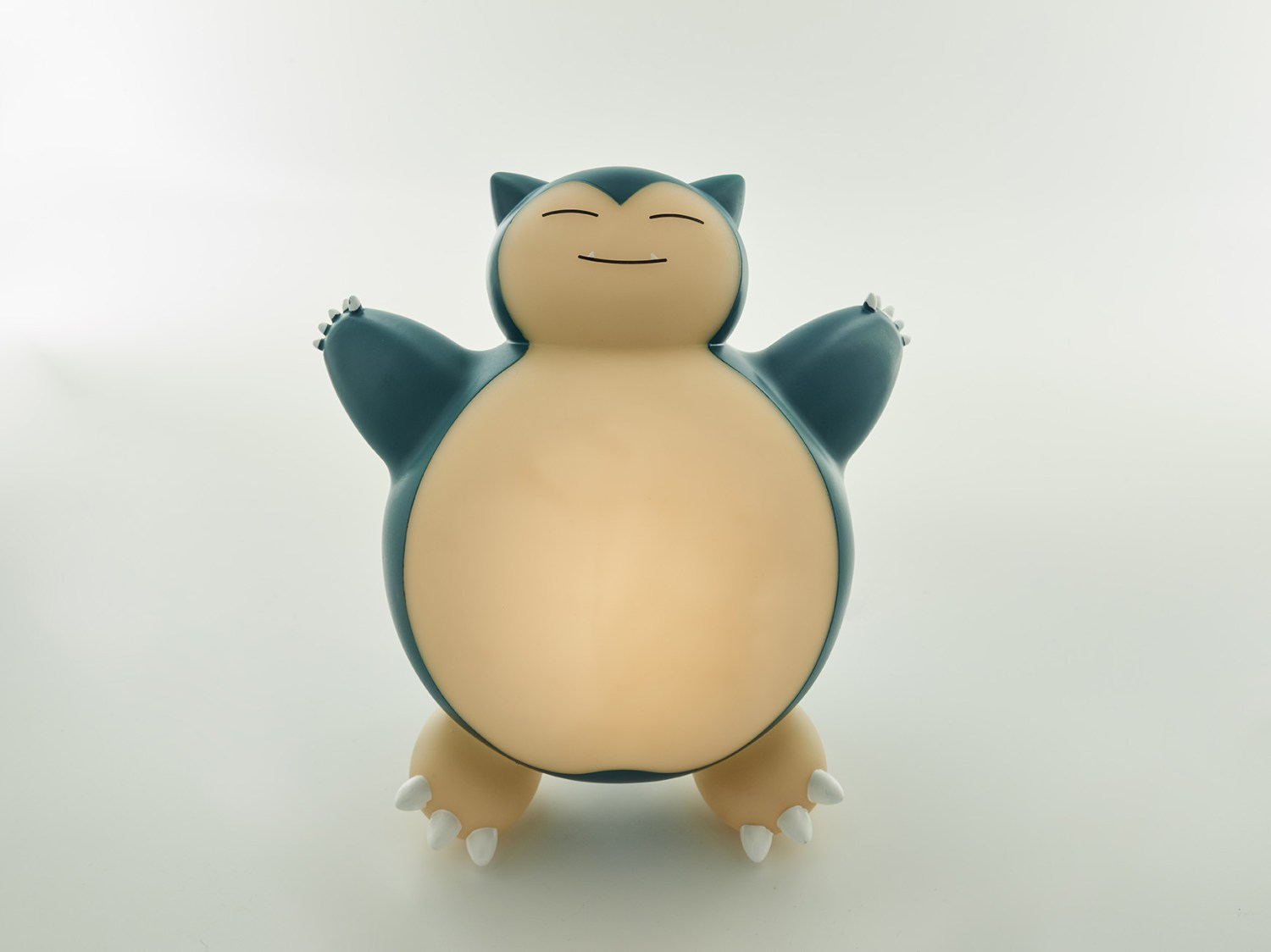 Pokémon snorlax led lamp face view
