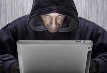 İnternetteki Zararlı İçerikler Kime ve Nasıl Şikayet Edilir?