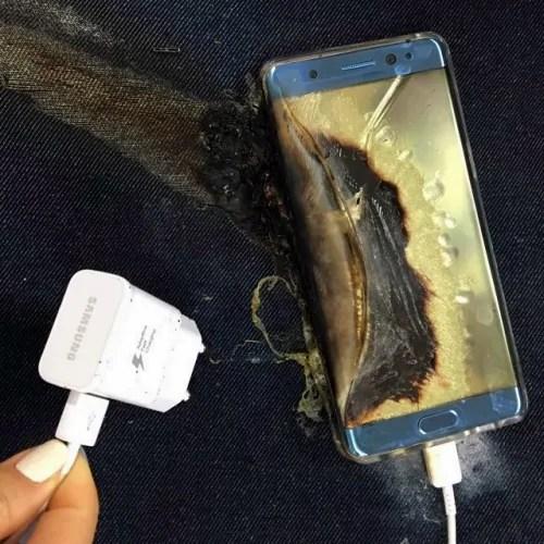 Samsung galaxy note 7 ilivyoungua baada ya kuchomwekwa kwenye chaji.