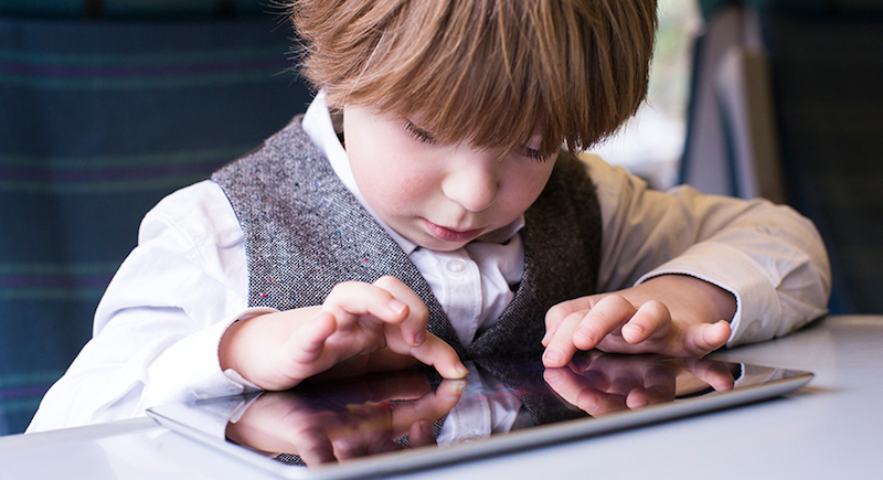 Survei Membuktikan Anak-anak Mudah Menemukan Konten Dewasa di Internet