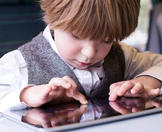 Bahaya Konten Dewasa di Internet untuk Anak