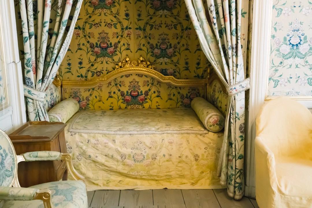 Gå på guidad tur och slottsvandring på Gripsholms slott