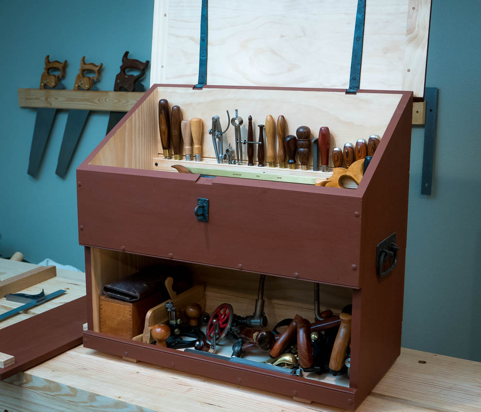 Featuring the Dutch Tool Chest, now with tools!