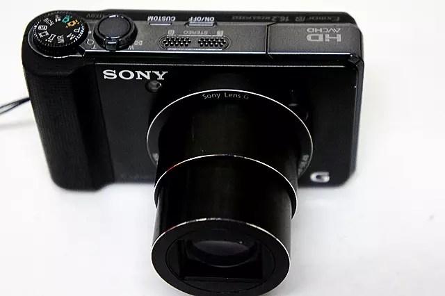 HX9Vは、16倍ズームと動画撮影で活躍。