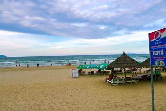 My khu Beach