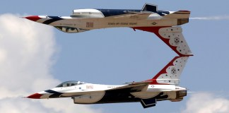 jets-air-show-aerial-demonstration-military