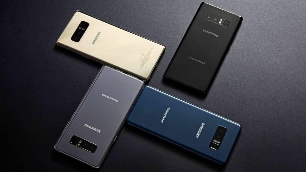 4 Samsung Galaxy diferentes colores