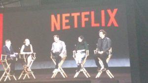 "Ted Sarandos (Netflix) e os atores Wagner Moura (""Narcos""), Krysten Ritter (""Jessica Jones"") e Will Arnet (""Bojack Horseman"" e ""Arrested Development"")"