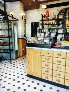 tel aviv cafe breakfast