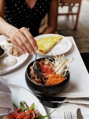 zoti and julia cafe tel aviv superfood bowl