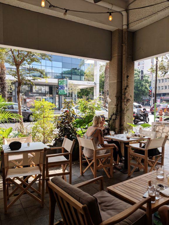 zoti and julia new cafe tel aviv