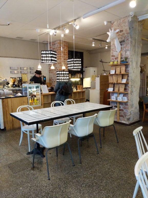 Andante Cafe helsinki raw cakes