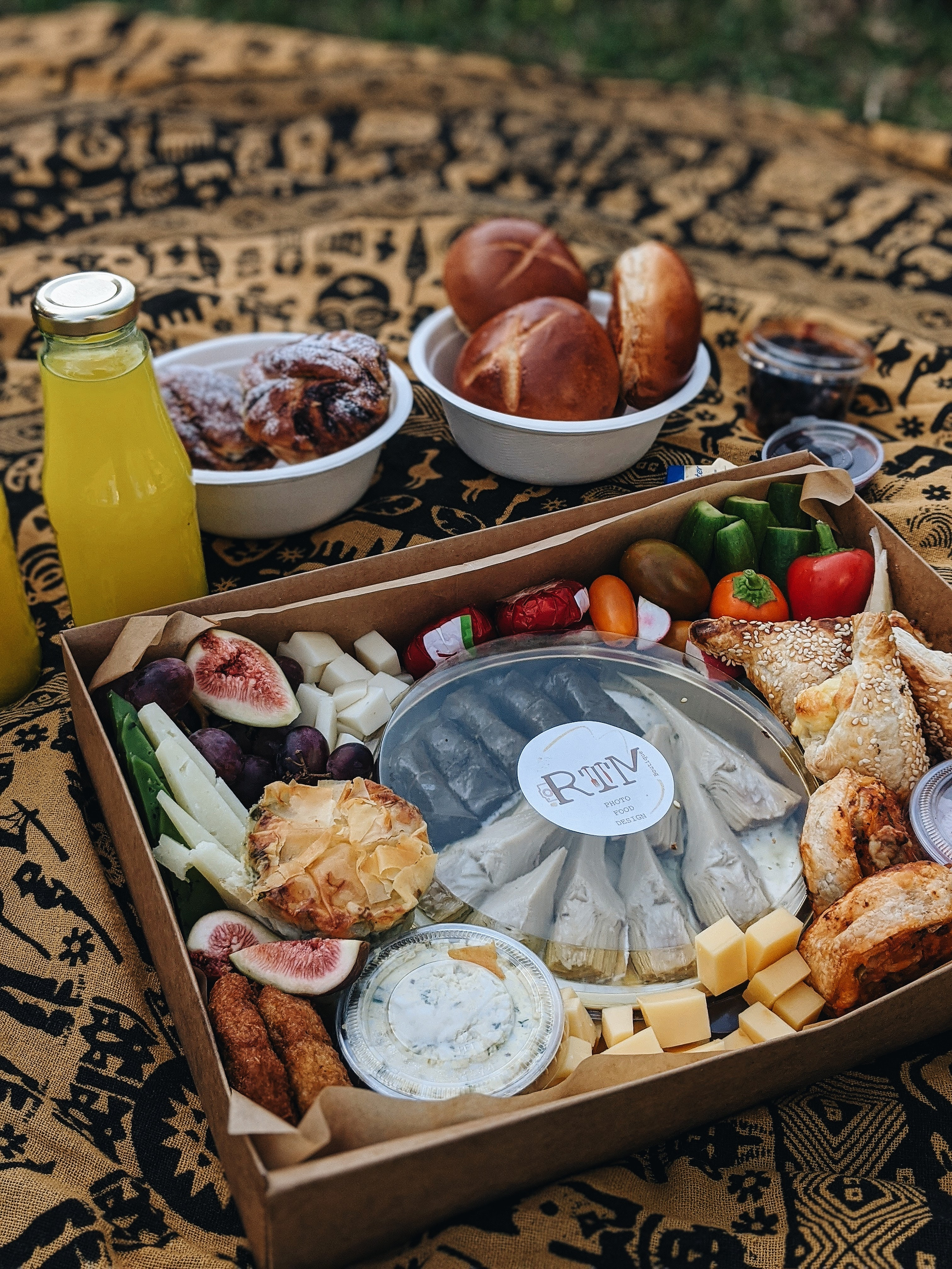 מגשי אירוח תל אביב