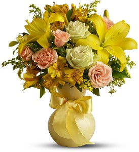 Teleflora's Sunny Smiles by Red Carpet Floral Design