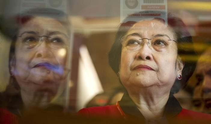 Pilkada, PDIP Usung Menantu Jokowi, Anak Yusril Juga Ponakan Prabowo
