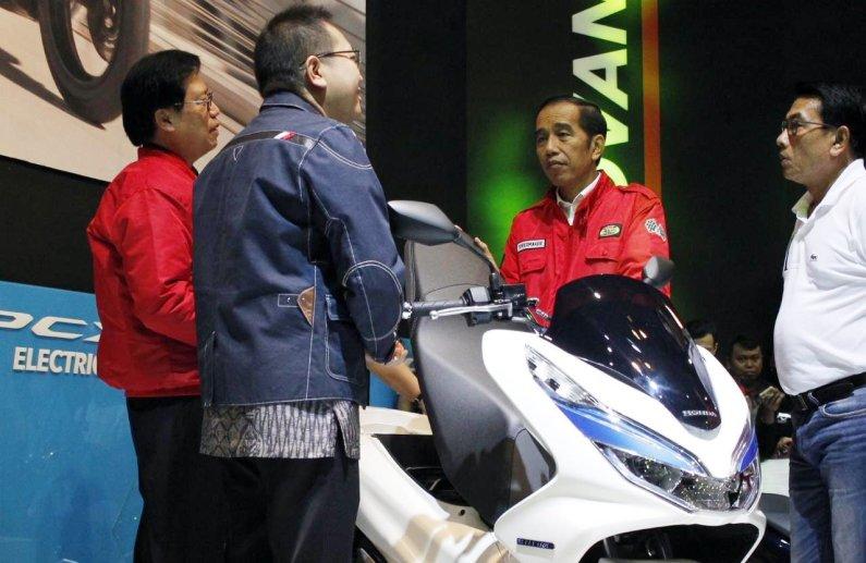Honda PCX dan Vario Jadi Motor Terlaris Dari Honda Pada Penutupan IMOS