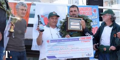 El intendente Gustavo Barrera participó de la premiación (Fotos Ricardo Stinco).