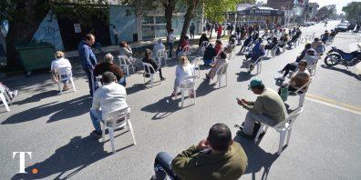 En Villa Gesell la atención fue ordenada (Fotos Ricardo Stinco).