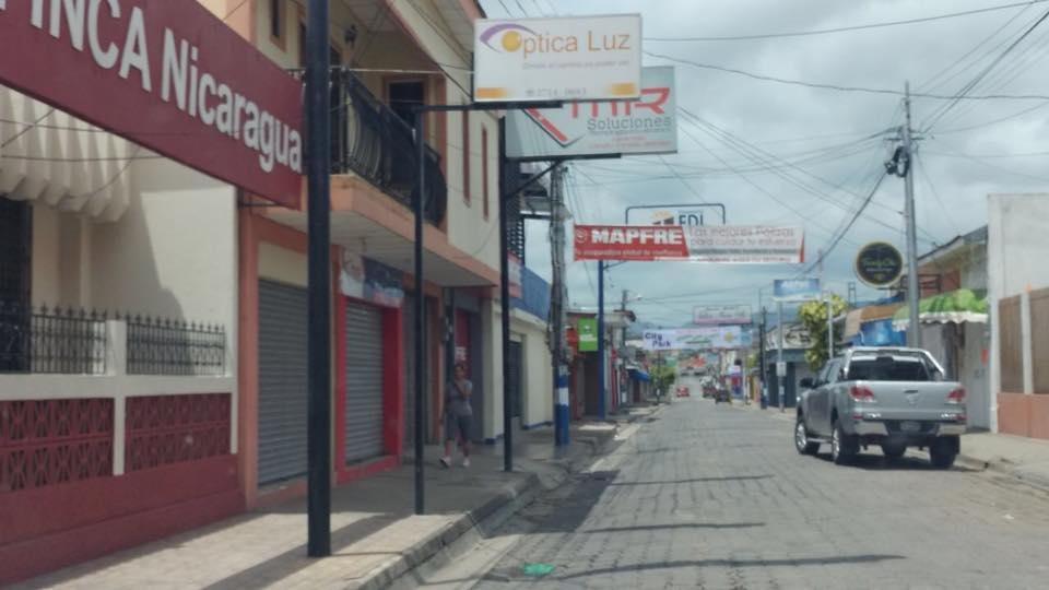 Nicaragua vuelve a diálogo tras día de paro y violencia en las calles.