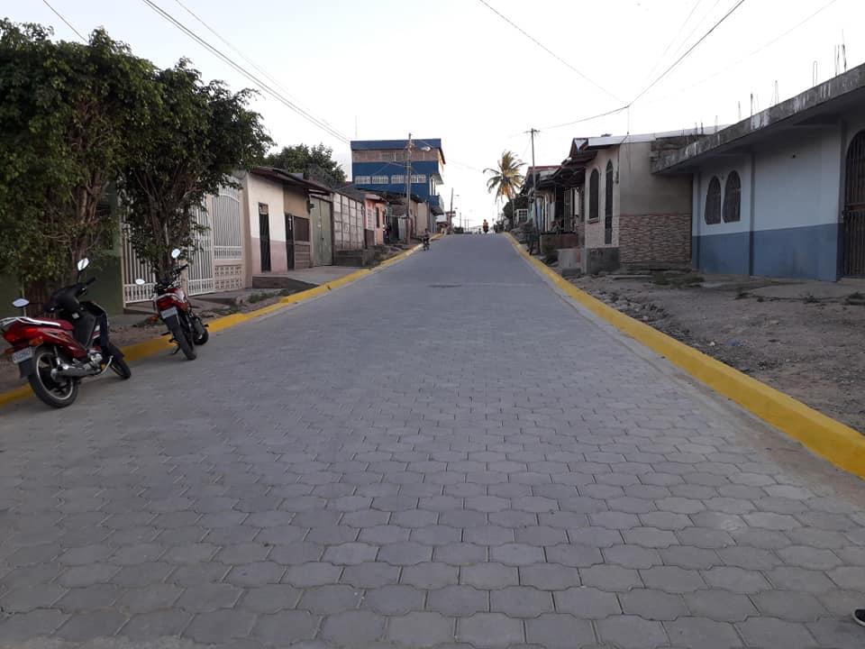 Inauguran calle adoquinada en Estelí